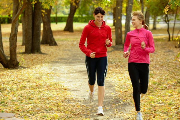 Incorporating These Healthy Habits Into Your Fall Routine Can Help You Lose Weight