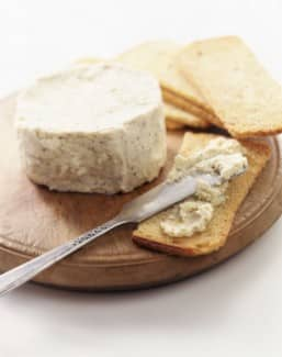 Spreadable Vegan Cashew Cheese Recipe