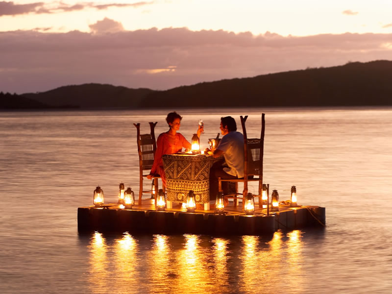 Global romantic getaways the healthy voyager for Top 10 most romantic vacations