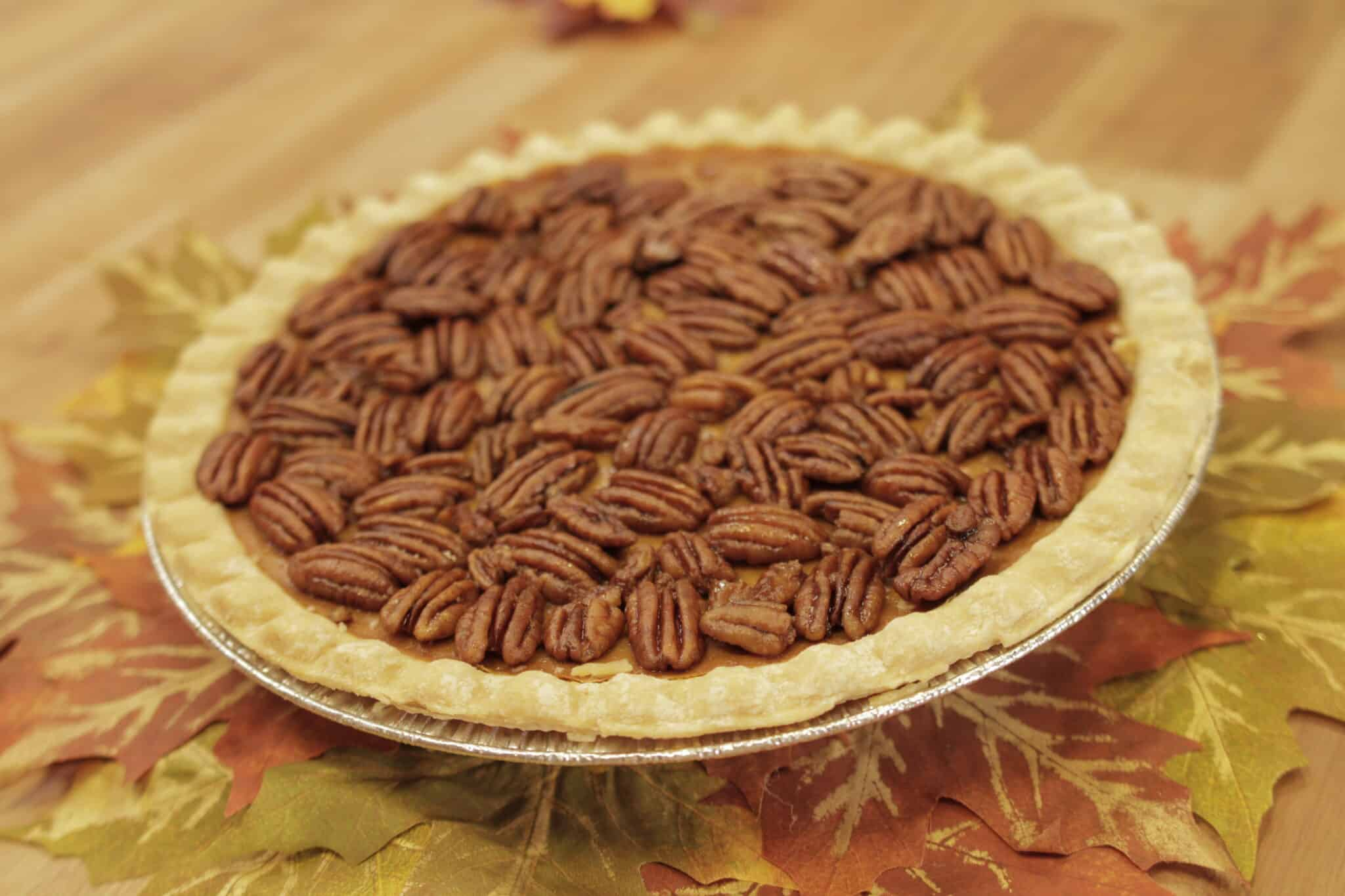 vegan maple pecan pumpkin pie