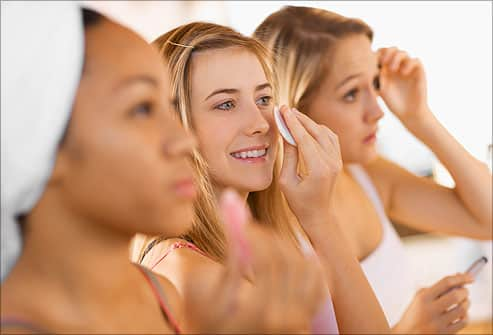 Dry Skin Care: 10 Tips to Banish Dry Skin