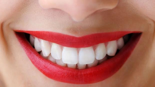 7 Hacks for a More Confident Smile