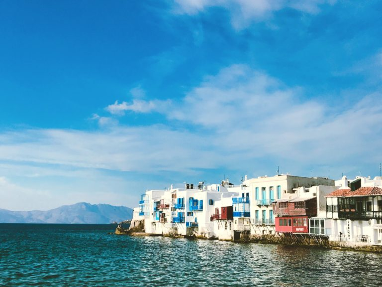 5 Reasons Why Mykonos Is a Must-Visit