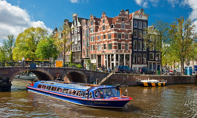 Finding a Place to Live in Amsterdam: Things to Take Note