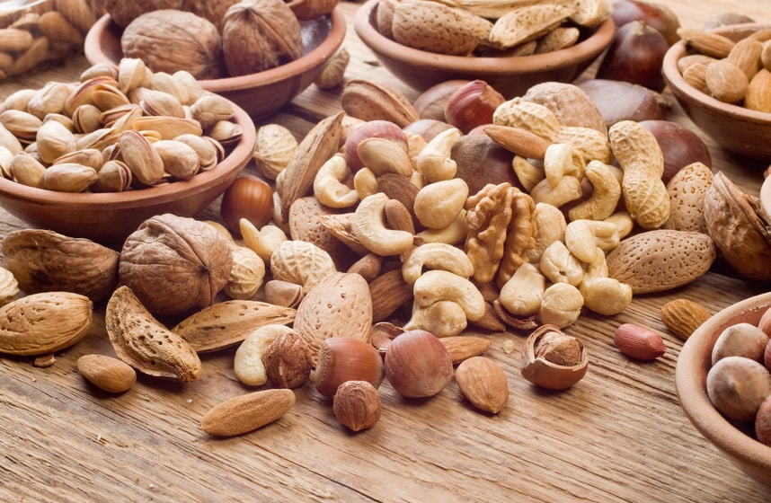 New Study Finds Nut Consumption Lowers Risk of Heart Disease