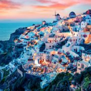 5 Top Travel Destinations in Greece