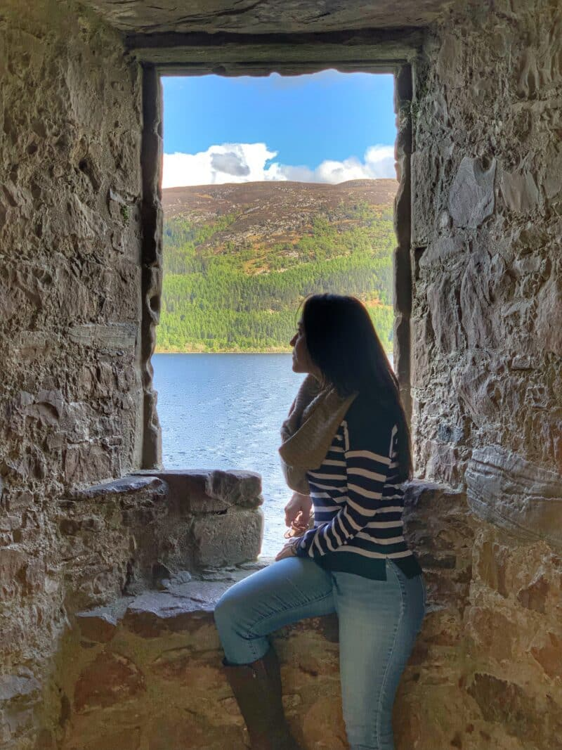 urquhart-loch-ness-healthy-voyager