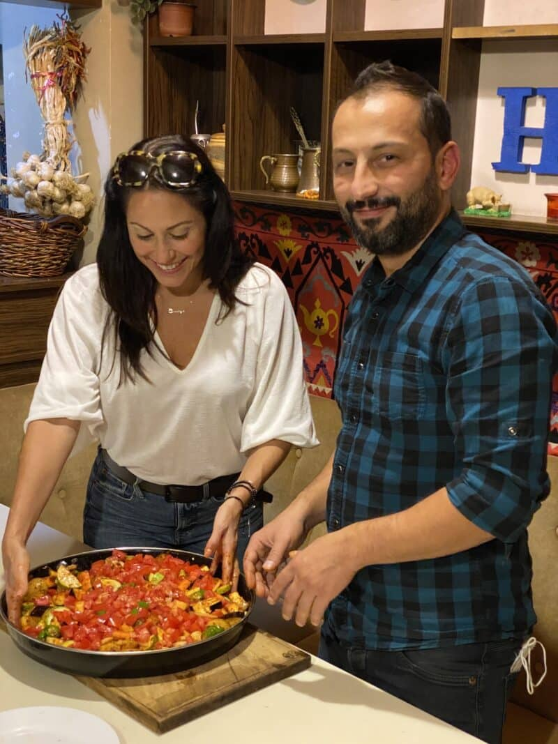 second-home-hostel-istanbil-vegan-cooking-healthy-voyager