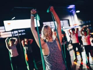 5 Benefits That Resistance Bands Have Over Weights