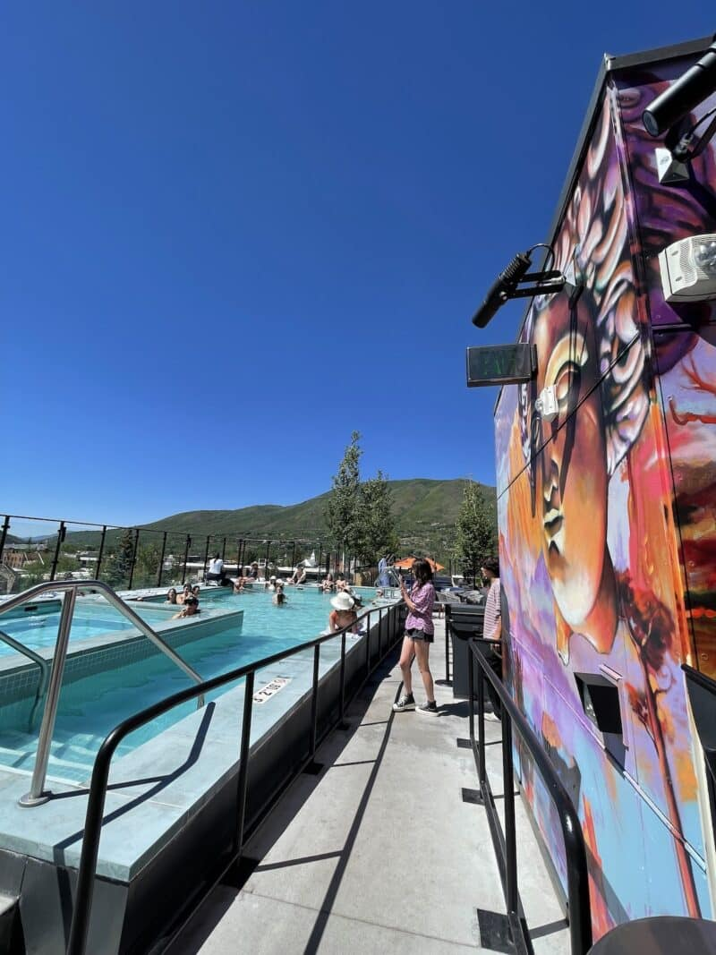 w-aspen-rooftop-pool-healthy-voyager
